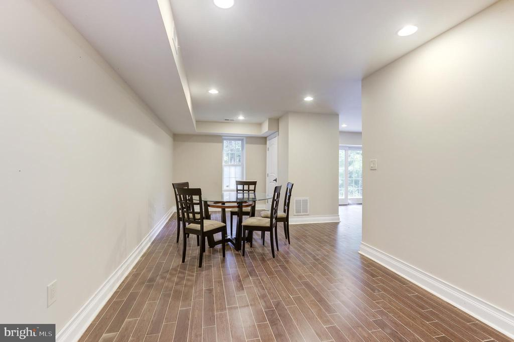Dining Room First Inlaw Suite - 11400 ALESSI DR, MANASSAS