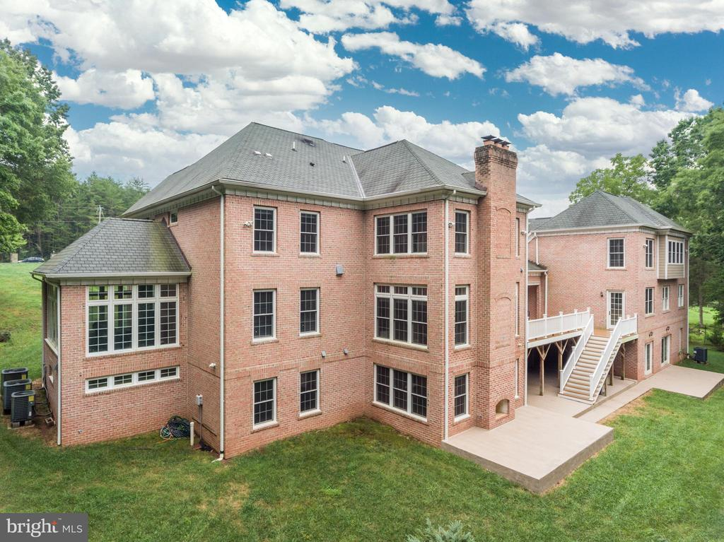 Stunning View of the Back! Add a Pool! - 11400 ALESSI DR, MANASSAS