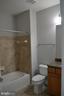 Bath 2 - 22651 BEAVERDAM DR, ASHBURN