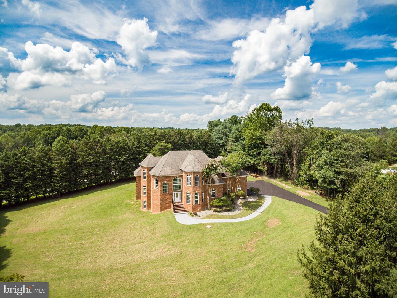 Single Family Homes för Försäljning vid Highland, Maryland 20777 Förenta staterna