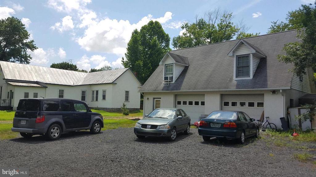 garage - 23237 MEETINGHOUSE LN, ALDIE