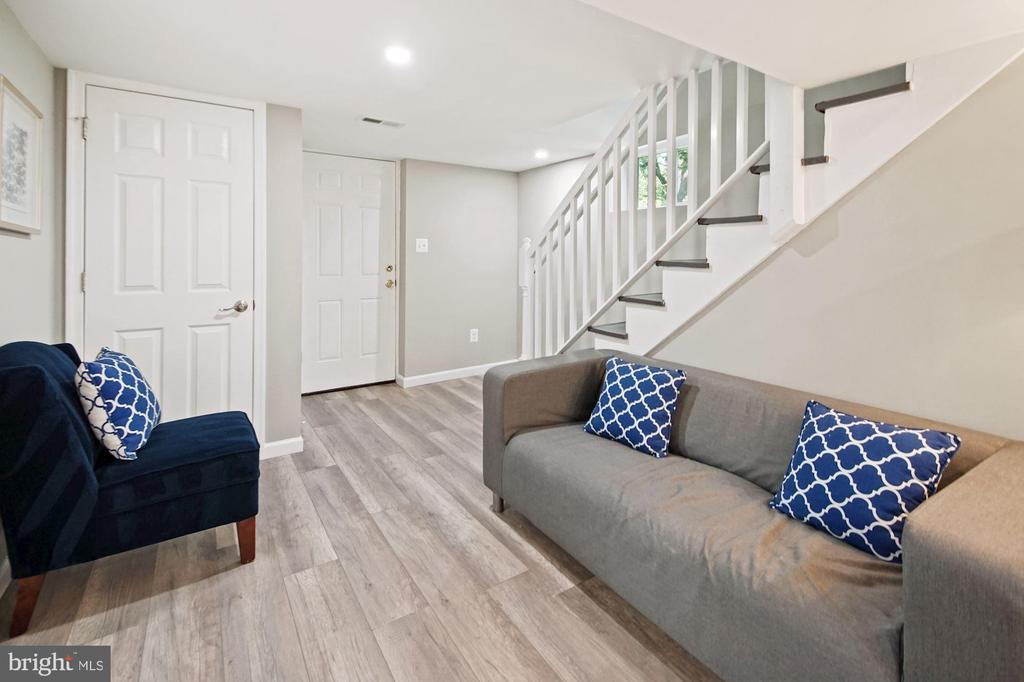 Renovated basement - 4808 GUILFORD RD, COLLEGE PARK