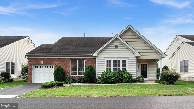 Single Family Homes для того Продажа на Hamilton, Нью-Джерси 08690 Соединенные Штаты