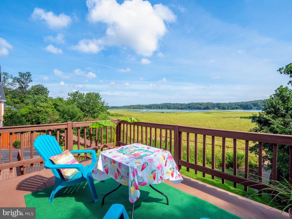 Deck off Master - 18505 CABIN RD, TRIANGLE