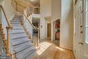 Grand foyer - 19920 HAZELTINE PL, ASHBURN