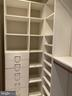 Built-ins - 42939 PARK BROOKE CT, BROADLANDS