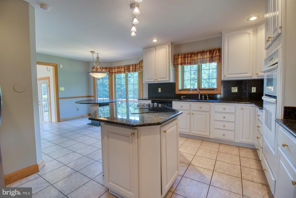 Kitchen - 14016 HARRISVILLE RD, MOUNT AIRY