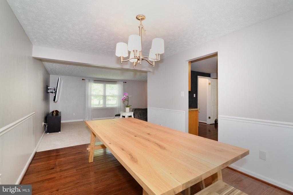 Dining Room - 111 S DICKENSON AVE, STERLING