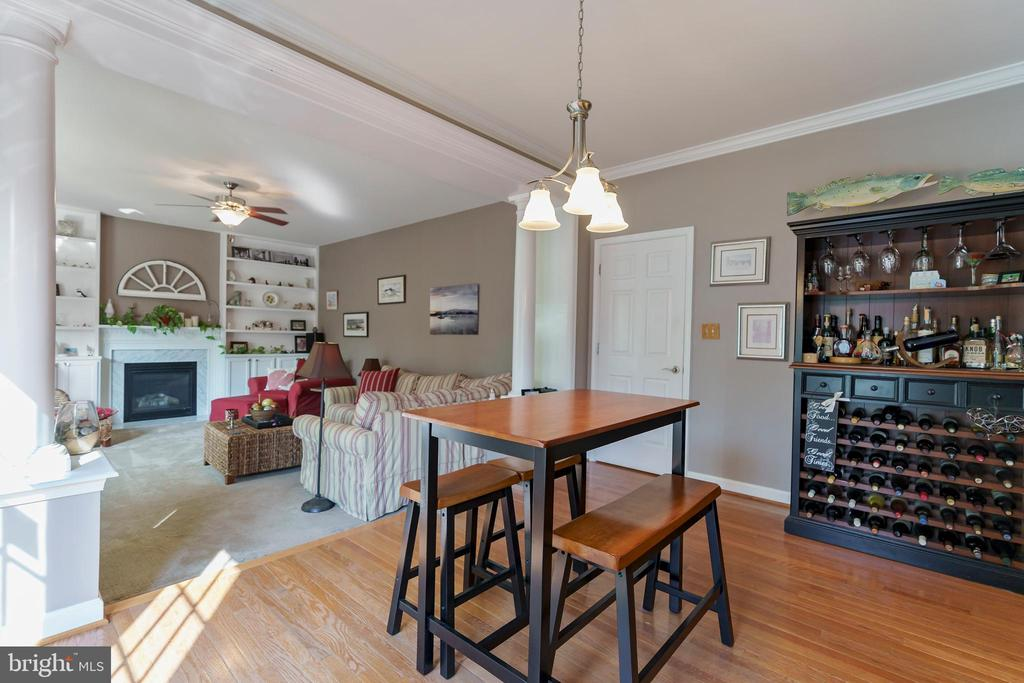 Eat in area looking into large family room. - 12 BLOSSOM TREE CT, STAFFORD