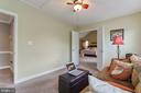 Sitting room with plenty of natural light. - 12 BLOSSOM TREE CT, STAFFORD