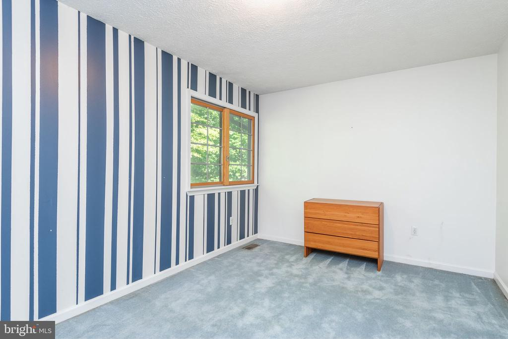 3rd bedroom - 39 CONIFER CT, HARPERS FERRY