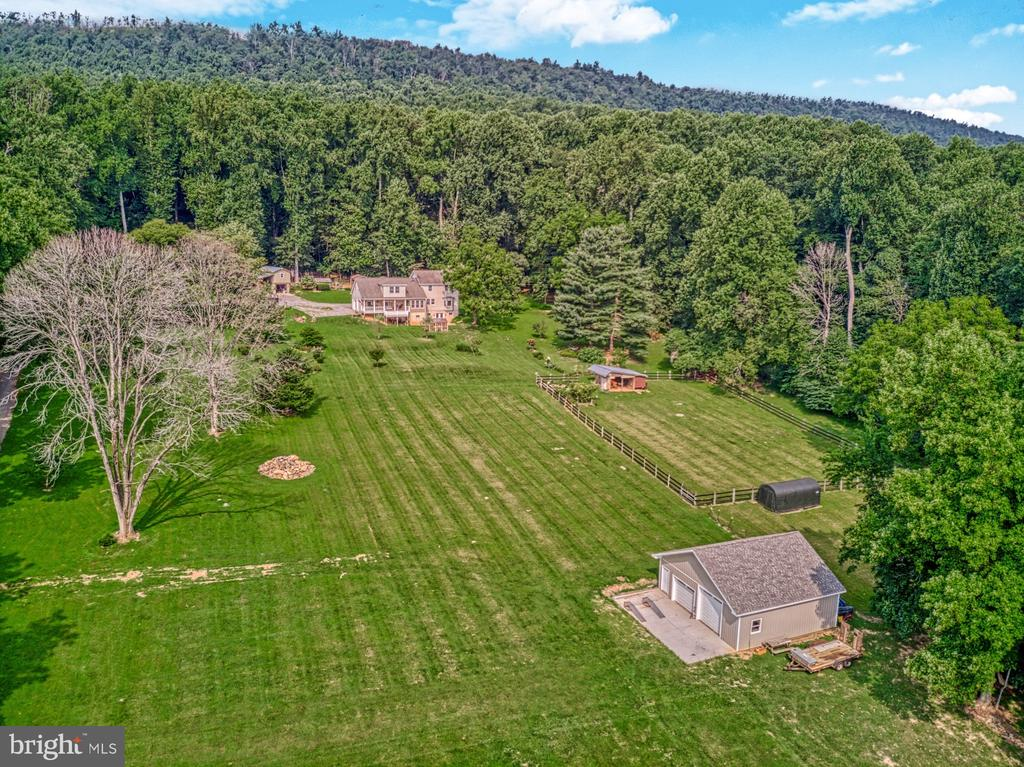 Farm Property, Acreage, Privacy - 12637 MOUNTAIN RD, LOVETTSVILLE