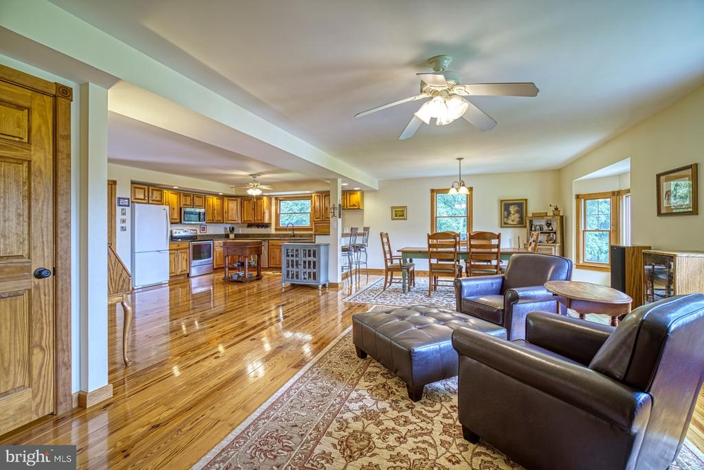 Open Floor Plan - 12637 MOUNTAIN RD, LOVETTSVILLE