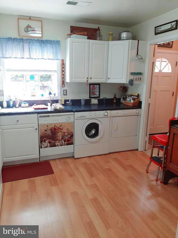 Washer and Dryer Convey - 441 GREENBRIER CT #441, FREDERICKSBURG