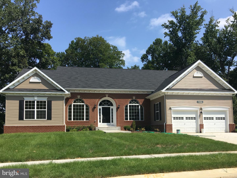 Single Family Homes pour l Vente à Clinton, Maryland 20735 États-Unis