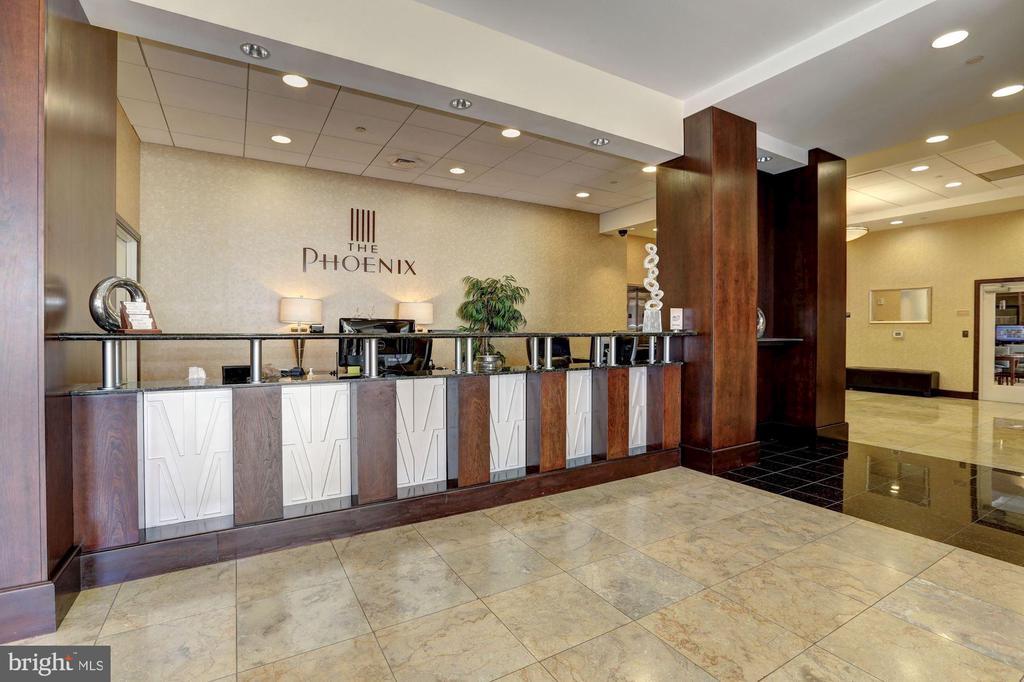 Concierge - 1020 N HIGHLAND ST #320, ARLINGTON