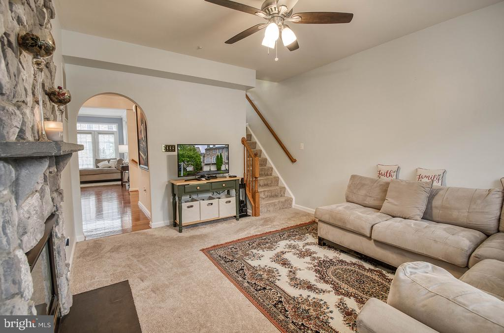 Family Room - 2406 RIPPLING BROOK RD, FREDERICK