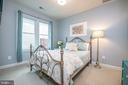 1st level queen size bedroom - 3504 11TH ST S, ARLINGTON