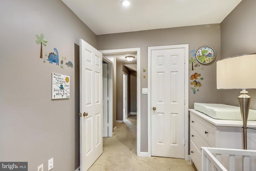 Bedroom #3 closet - 1176 N UTAH ST, ARLINGTON