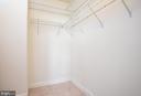 Walk in master closet - 205 YOAKUM PKWY #1818, ALEXANDRIA