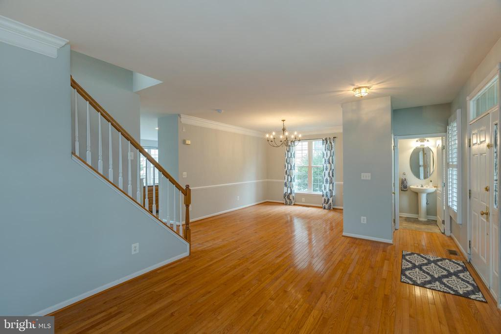 Open concept formal living & dining room! - 43058 BARONS ST, CHANTILLY