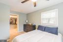 Upper level master bedroom - 19133 WINDSOR RD, TRIANGLE