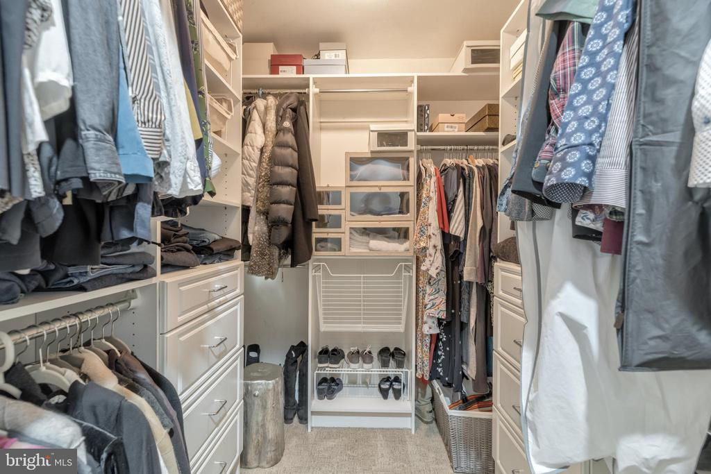 Walk-in Closet - 3629 ALBEMARLE ST NW, WASHINGTON