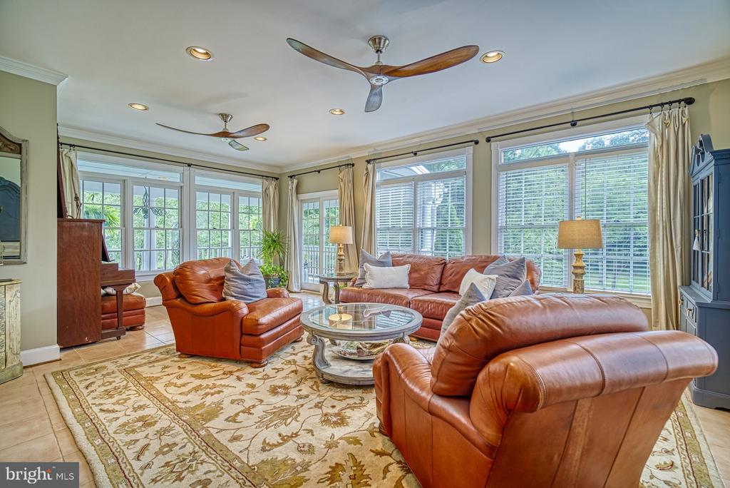 Bright and Open Sun Room with Access to the Porch - 7421 DUNQUIN CT, CLIFTON