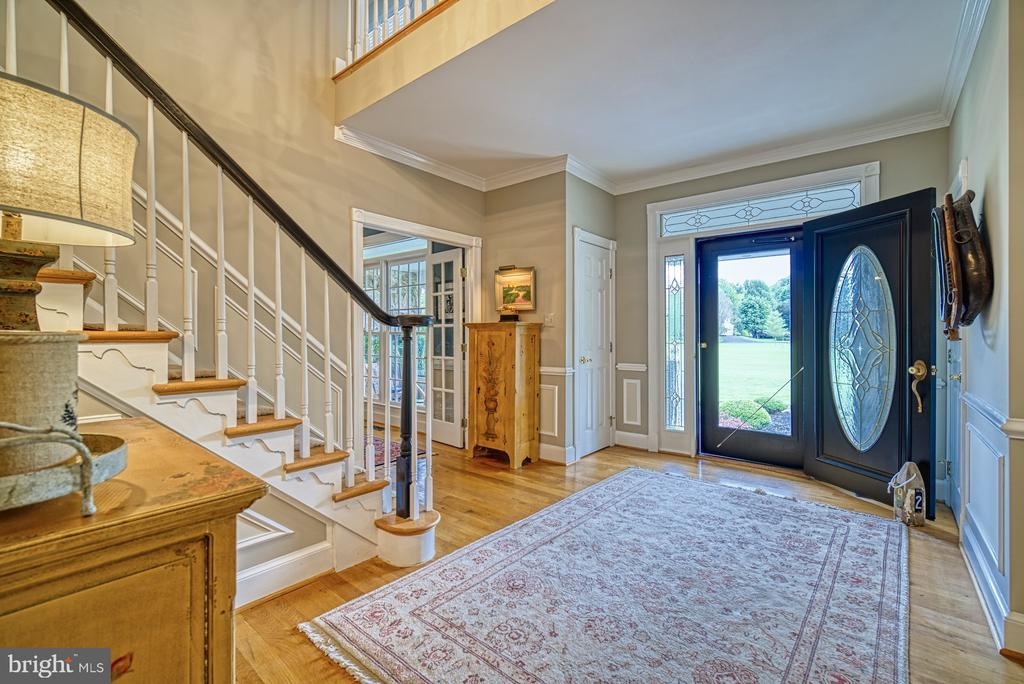 Grand Foyer - 7421 DUNQUIN CT, CLIFTON