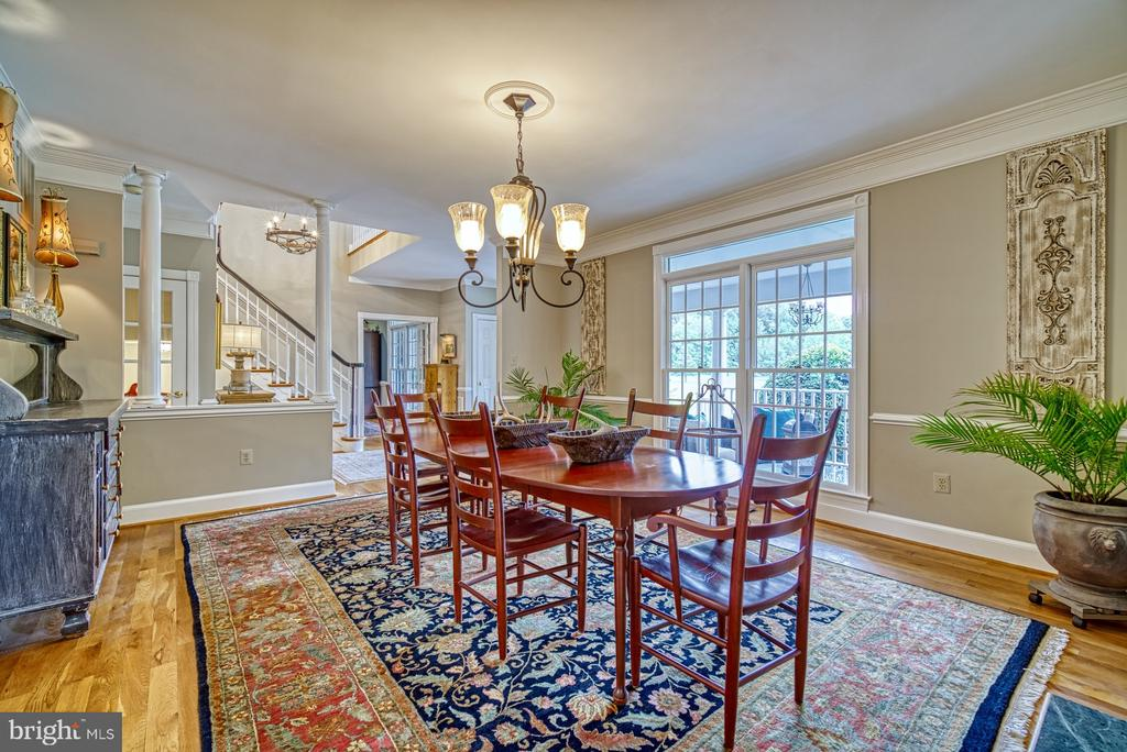Large Dining Room with Fireplace - 7421 DUNQUIN CT, CLIFTON