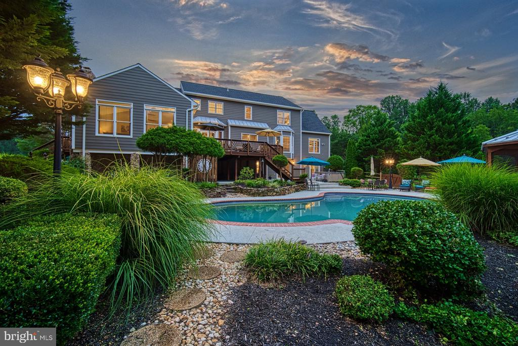 Just Stunning - 7421 DUNQUIN CT, CLIFTON