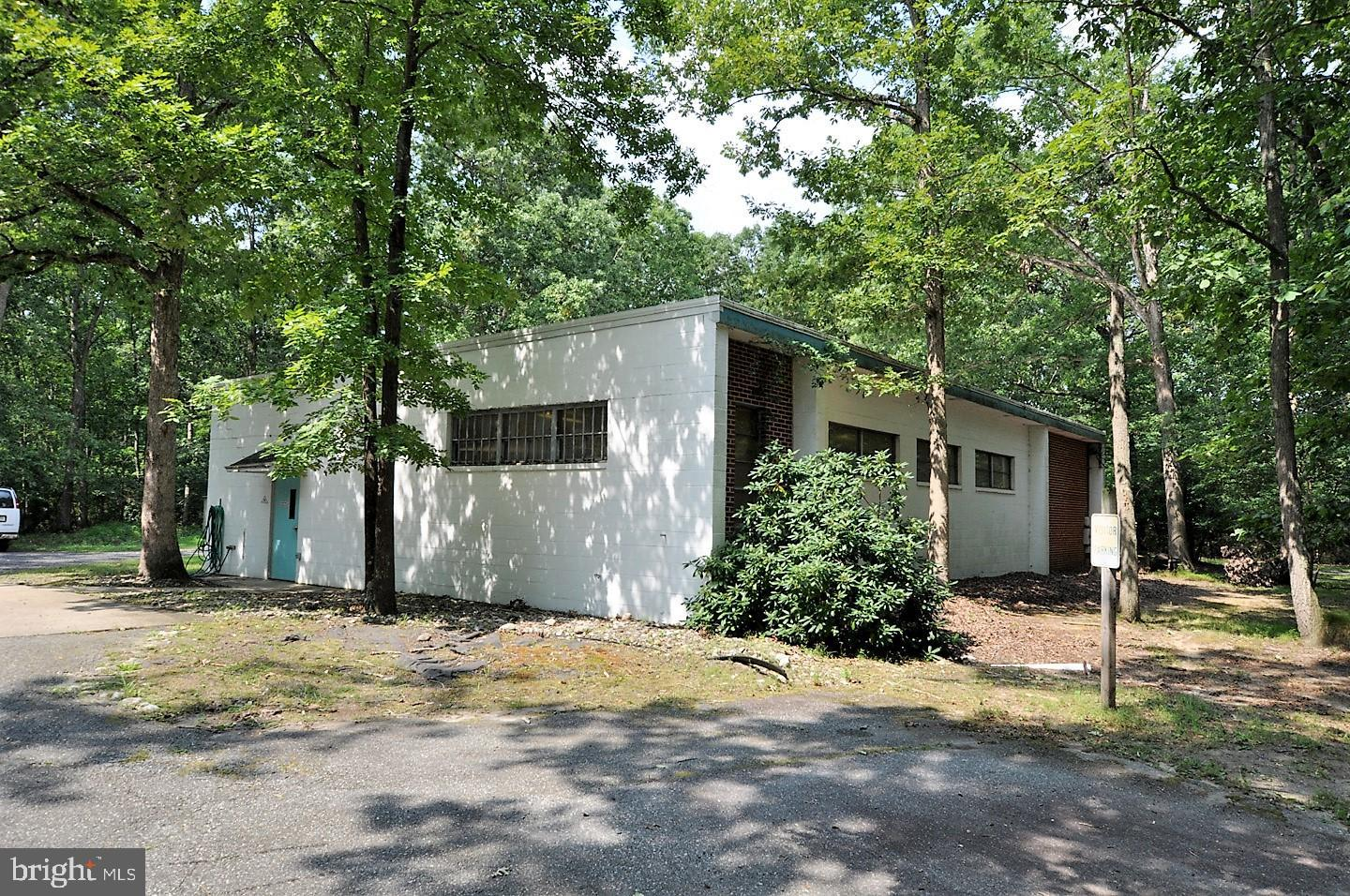 Single Family Homes for Sale at Shamong, New Jersey 08088 United States