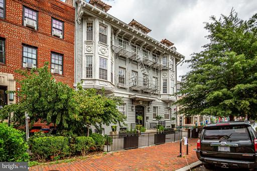 1413 T ST NW #304