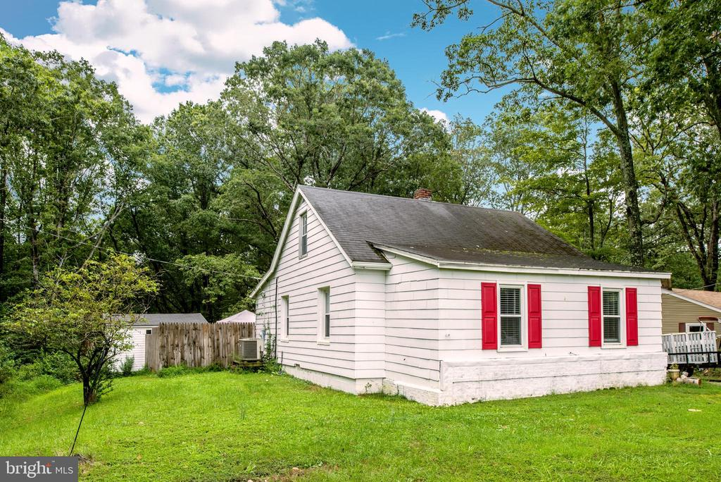 1426 Sq Ft Home on 1.6 Acres! - 7019 SIGNAL HILL RD, MANASSAS
