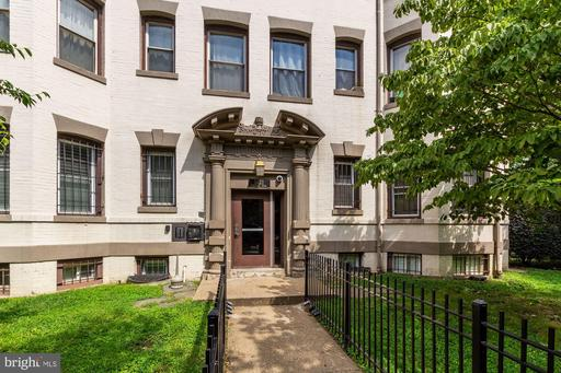 1421 COLUMBIA RD NW #103