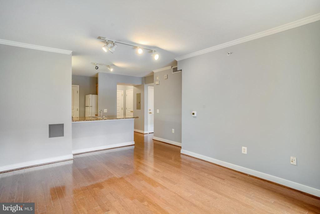 Living Room View - 616 E ST NW #602, WASHINGTON