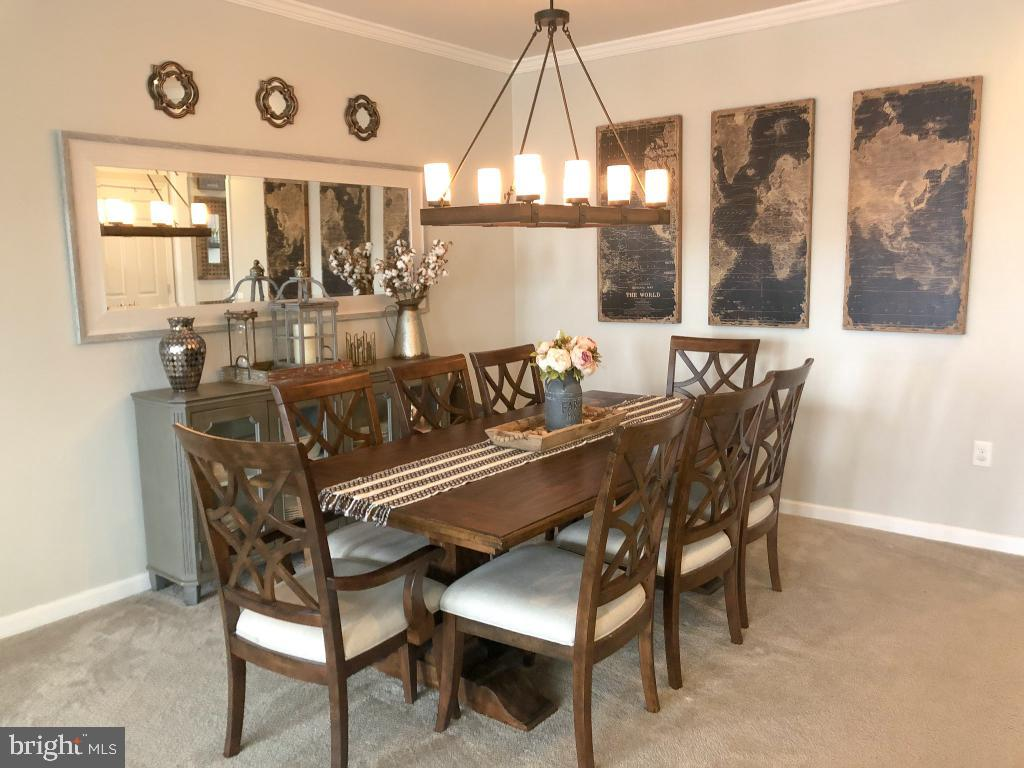 Formal dining seats six! - 42706 TELFORD TER, ASHBURN