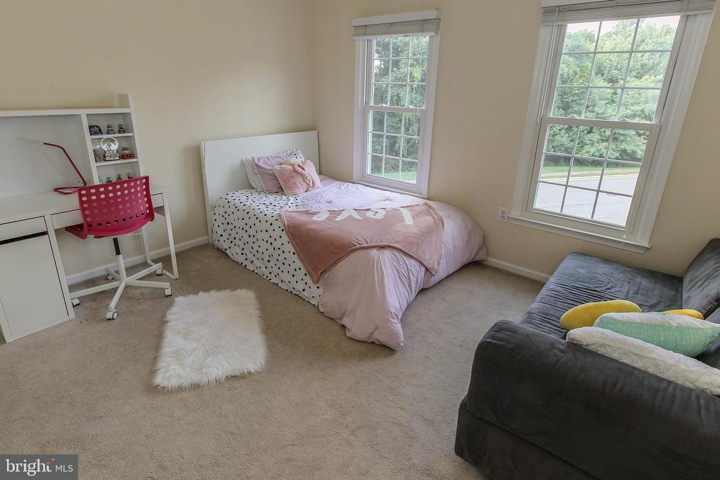 UL Bedroom 3 - 21211 EDGEWOOD CT, STERLING