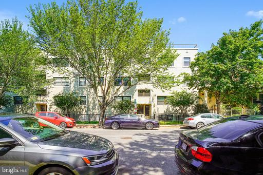 1524 INDEPENDENCE AVE SE #1