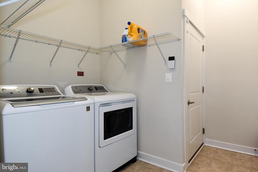 Wifi-enabled w&d with smart detergent dispenser - 2522 SWEET CLOVER CT, DUMFRIES