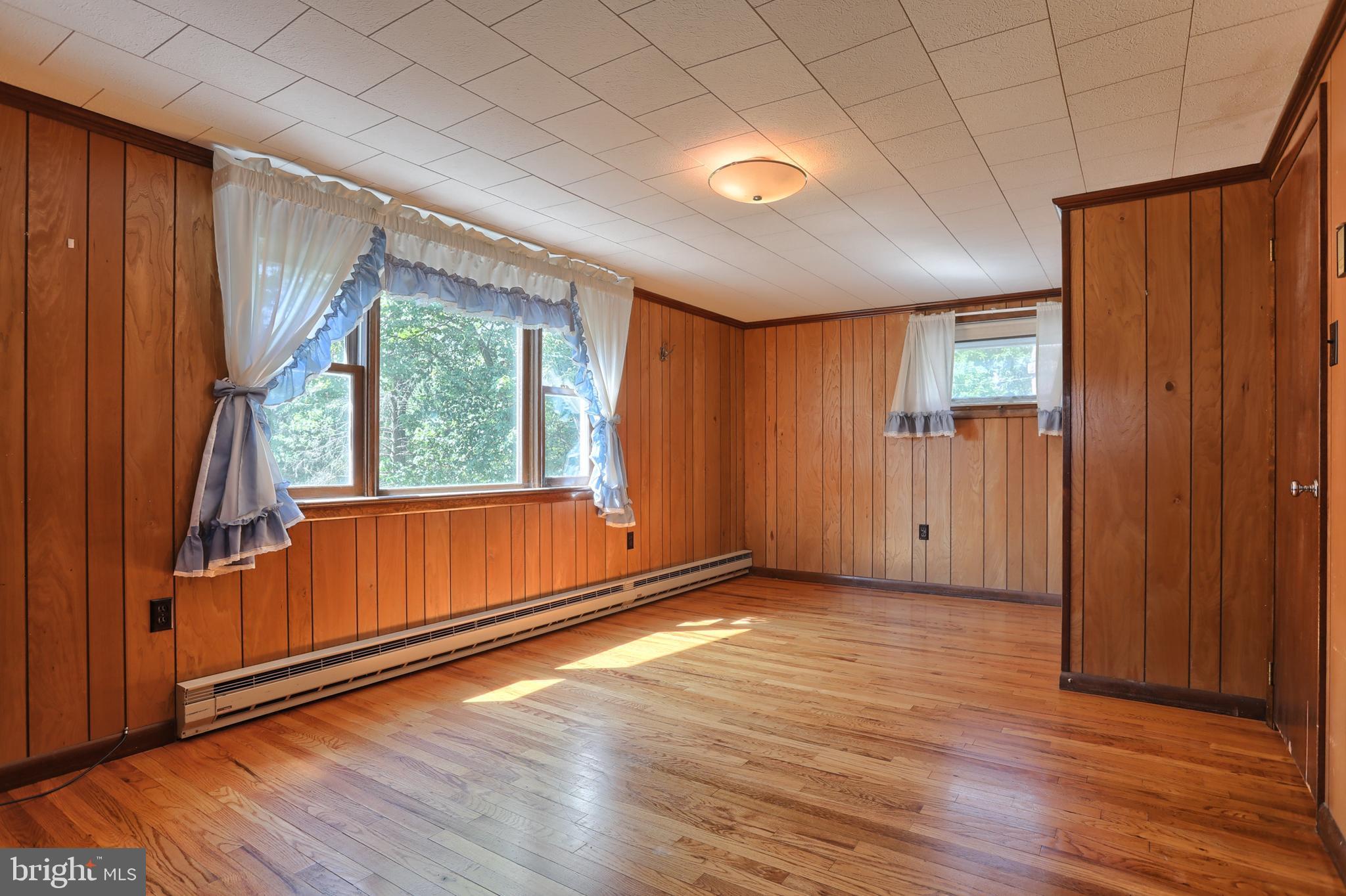 2nd Floor Bedroom - 1