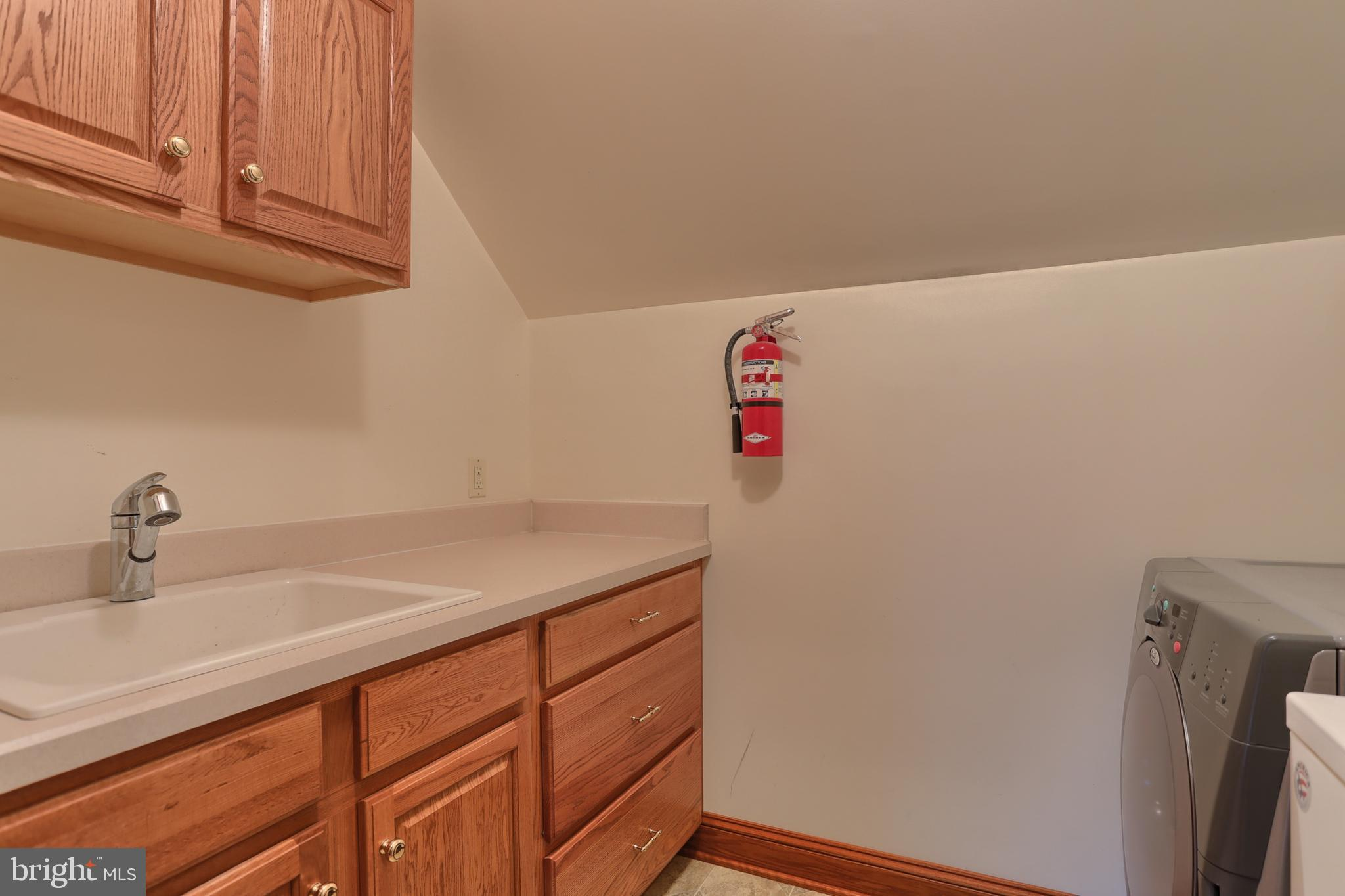 2nd Floor Laundry (washer & dryer stay)