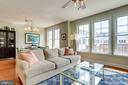 Living room - 1418 N RHODES ST #B414, ARLINGTON