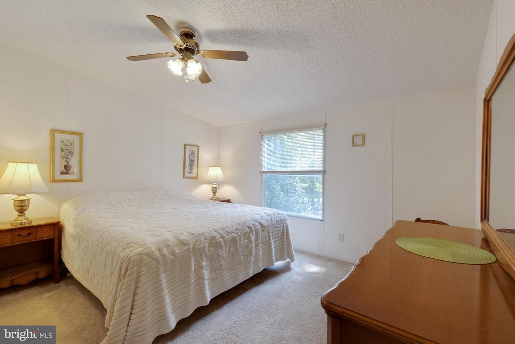Secondary Bedroom - 500 ROLLING RIDGE LN, WINCHESTER