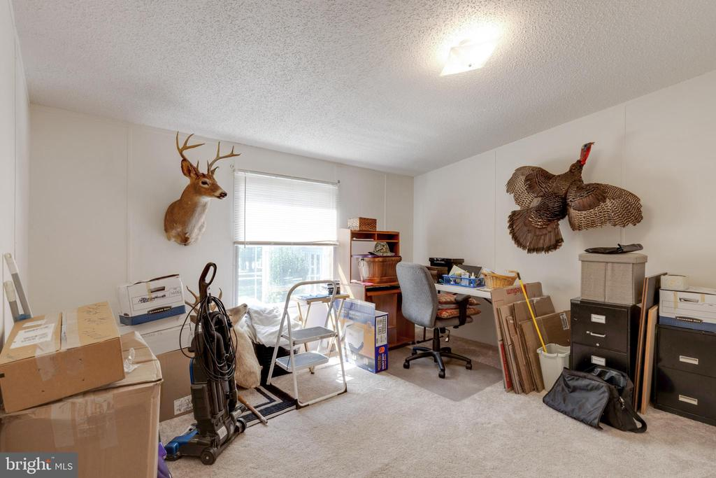 Additional Secondary Bedroom - 500 ROLLING RIDGE LN, WINCHESTER