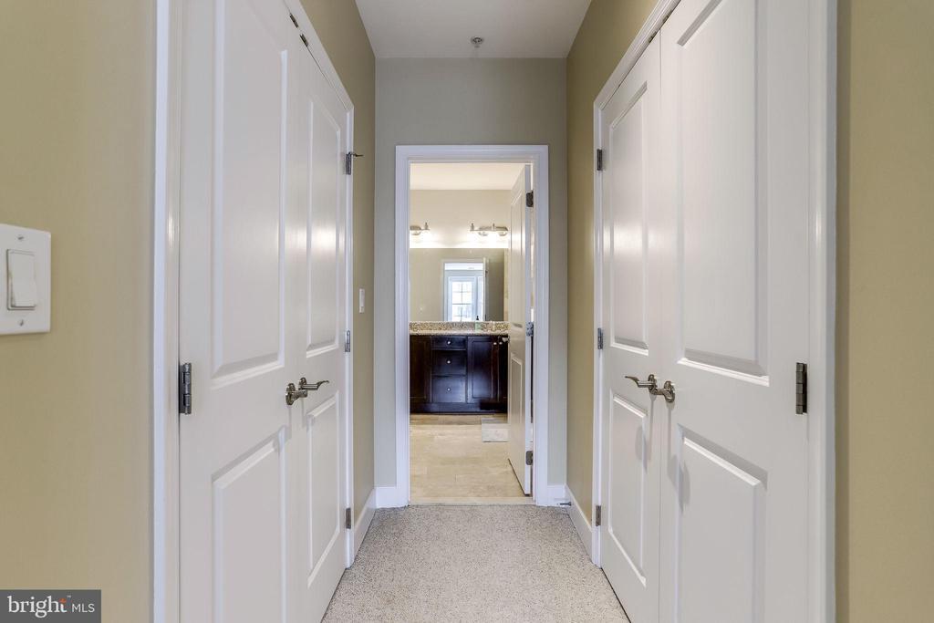 Primary Bedroom closet - 1418 N RHODES ST #B414, ARLINGTON