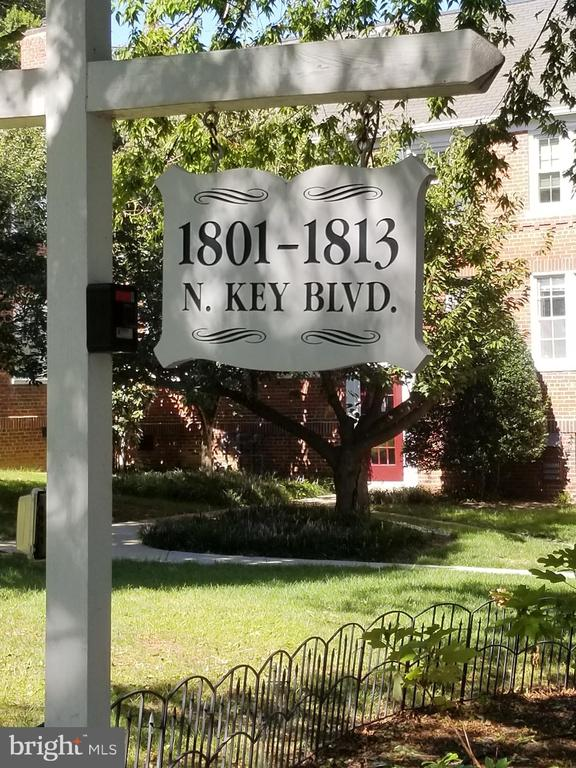 And permitted parking. - 1801 KEY BLVD #10-506, ARLINGTON
