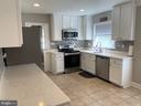Kitchen - 21084 POTOMAC VIEW RD, STERLING