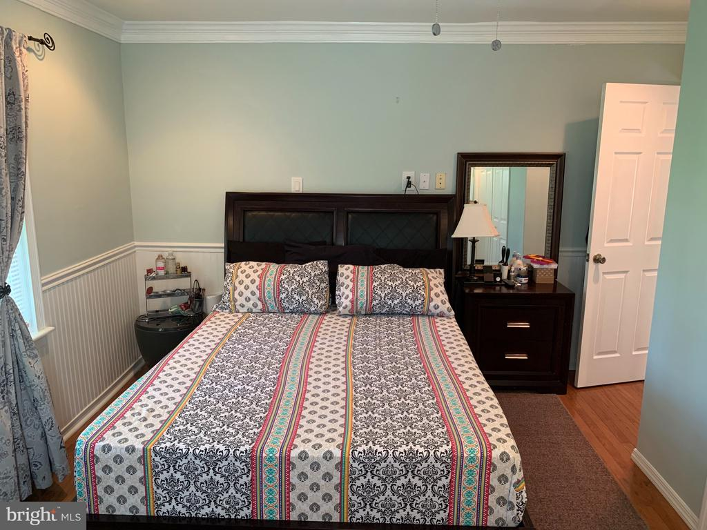 Mnain Level Bedroom 1 - 21084 POTOMAC VIEW RD, STERLING