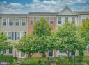 - 43917 EASTGATE VIEW DR, CHANTILLY